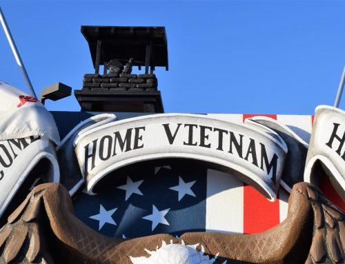 Arizona High School Students Win Essay Contest; Will participate in 25th Anniversary of the Phoenix Veterans Day Parade